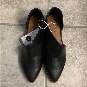 Flat Royale black booties